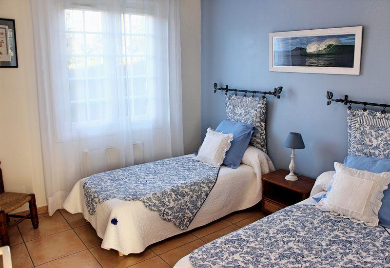 Chambre bleue zubialde1 1