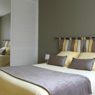 Chambre jaune 1